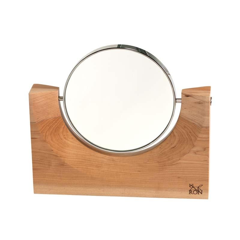 Akis 0 Ayna